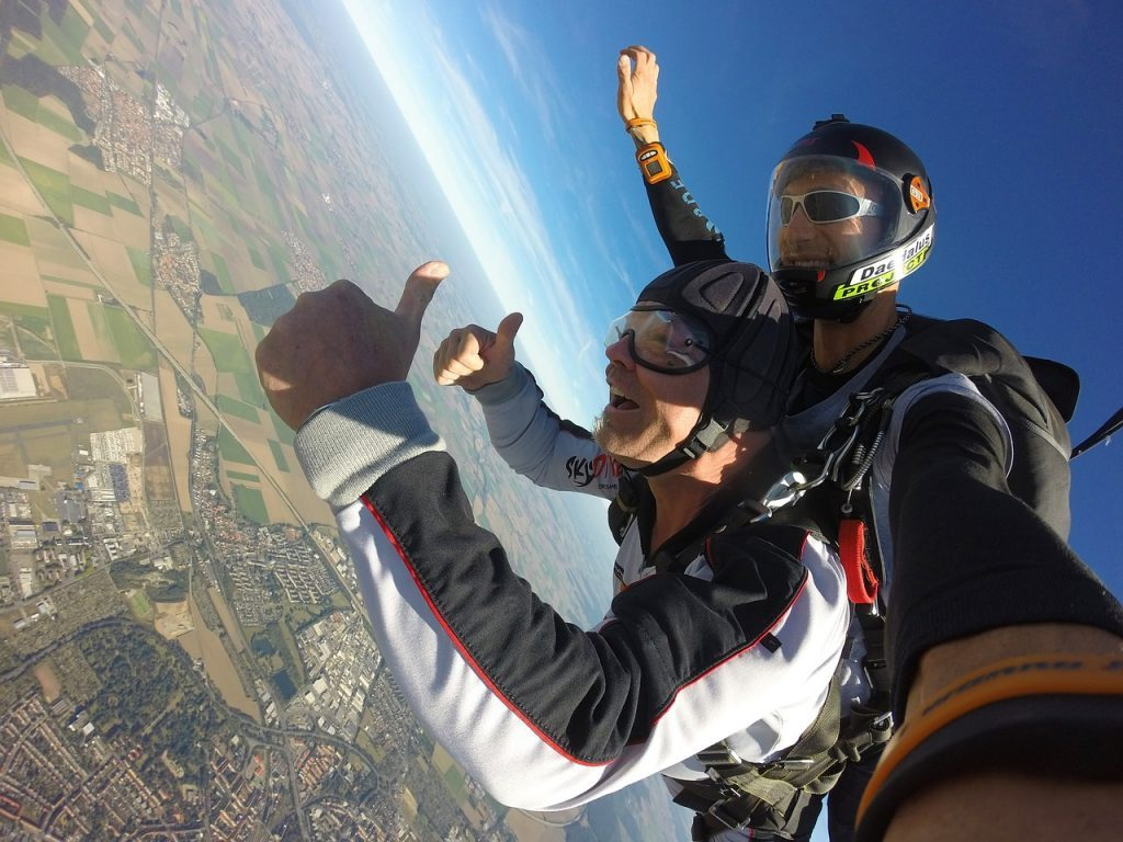 parachute-skydive-wales