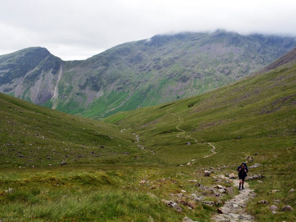 walking-in-the-lake-district