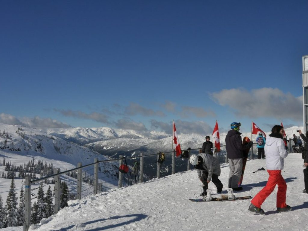 skiing-274763_1920